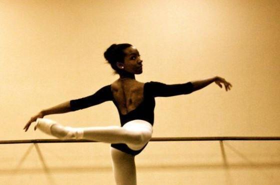 Preciosa Adams - Bailarina da Academia Bolshoi - Moscou. Fonte: http://arquivo.geledes.org.br/